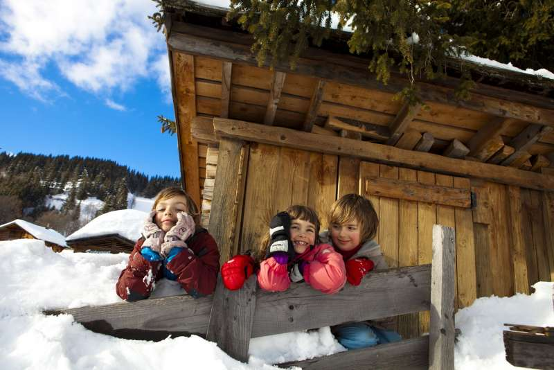 vacances-enfamille-hiver-laclusaz