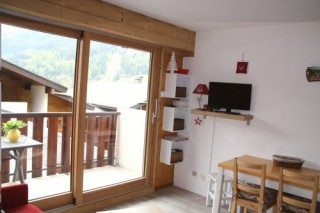 locationvillage-laresidence404-bellevue