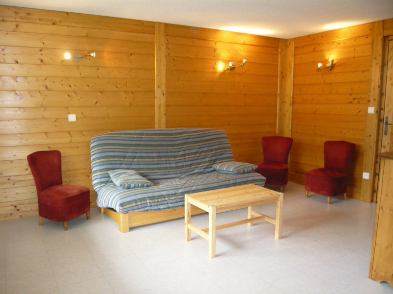 location-appartement-centre-village-laclusaz-montagne-skis-Parnasse 517
