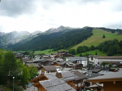 locationflorymar-centrevillage-surpistes-laclusaz